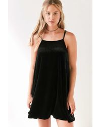 Kimchi Blue | Black Strappy Velvet Mini Slip Dress | Lyst