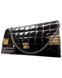 Chanel - Black Pre-owned Patent Leather Handbag - Lyst