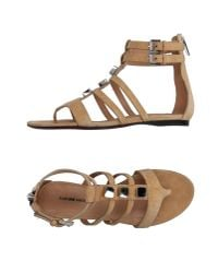 CoSTUME NATIONAL - Natural Toe Post Sandal - Lyst