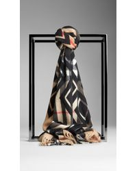 Burberry Graphic Overprint Check Cashmere Scarf - Lyst