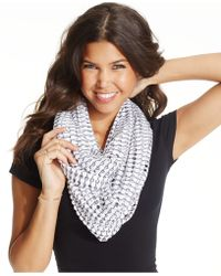 Steve Madden Cut Out Athleasure Infinity Loop Scarf - Lyst