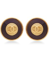 What Goes Around Comes Around Chanel Gold and Black Wood Rounded Cc Earrings - Lyst