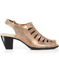 Munro - Slingback Sandals - Abby Mid Heel Metallic - Lyst