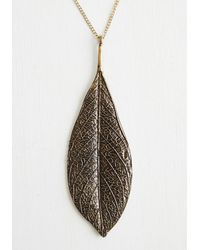 Zad Fashion Inc. - Leaf It All To Me Necklace - Lyst