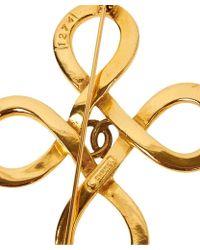 Chanel Pre-Owned Loop Cross Brooch - Lyst