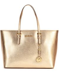 MICHAEL Michael Kors Medium Jet Set Travel Metallic Leather Tote - Lyst