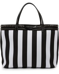Givenchy Antigona Coated Canvas Shopper Tote black - Lyst