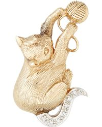 Kojis - Yellow Gold Diamond Set Cat Brooch - Lyst