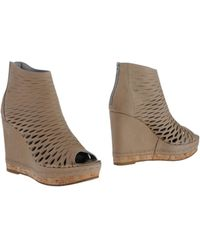 Jfk Beige Ankle Boots - Lyst