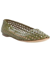giraffe WALK - Grass Basket Weave Perforated Leather 'channai' Flats - Lyst