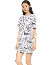 McQ by Alexander McQueen Manga Print Tee Dress  - Lyst