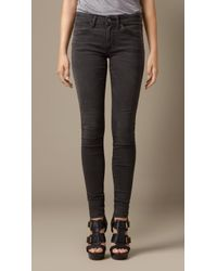 Burberry Skinny Fit Low-Rise Hand-Sanded Jeans - Lyst