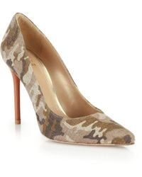 Stuart Weitzman Camo-Printed Linen Point-Toe Pumps - Lyst