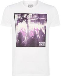 Converse Concert Photo Graphic T Shirt - Lyst