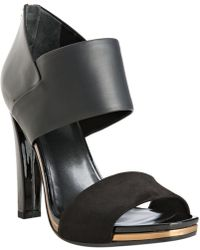 Gucci Black Kid Leather Zip Back Suede Toe Strap Sandals - Lyst