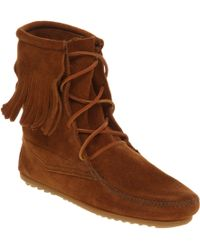 Minnetonka Tramper Tassle Ankle Boot Tan Suede