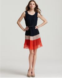French Connection Pleated Dress Shelby Summer red - Lyst