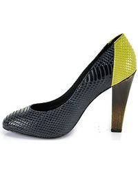 7 For All Mankind - Veta Midnight Blue and Acid Green Snakeskin Court Shoes - Lyst