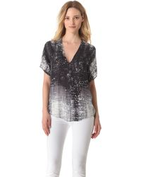 Vince Graffiti Print Top - Lyst