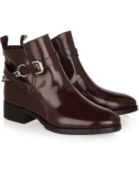McQ by Alexander McQueen Paddock Chain Detailed Glossed Leather Ankle Boots - Lyst