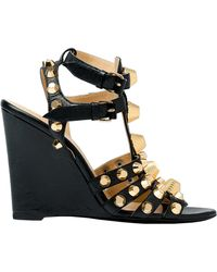 Balenciaga Balenciaga Giant Gold Wedge Gladiators Black - Lyst