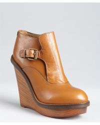 Chloé Chestnut Leather 'Kimberly' Buckled Ankle Boots - Lyst