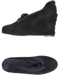 B Store Closedtoe Slipons - Lyst
