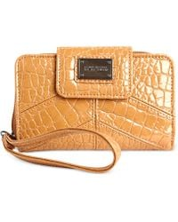 Kenneth Cole Reaction Mercer Street Phone Wristlet - Lyst
