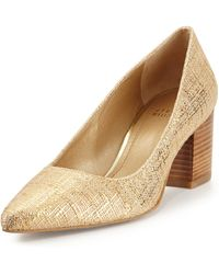 Stuart Weitzman First Class Point-toe Pump - Lyst
