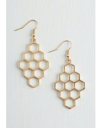 Muchtoomuch Honeycomb Away With Me Earrings gold - Lyst