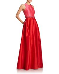 ML Monique Lhuillier Two Toned Cross-Back Beaded Gown red - Lyst