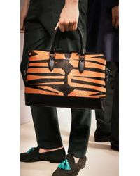 Burberry - The Barrow In Graphic Print Calfskin - Lyst