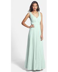 Donna Morgan 'Giselle' Pleated Chiffon Gown - Lyst