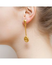 Kastur Jewels - Art Deco Hammered Long Gold Earrings - Lyst