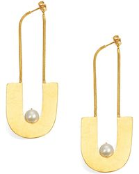 Herve Van Der Straeten | 8.5mm White Pearl Hammered Drop Earrings | Lyst