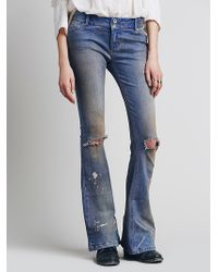Free People Destroyed 5 Pocket Flare - Lyst