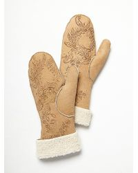 Free People - Painted Suede & Shearling Mittens - Lyst