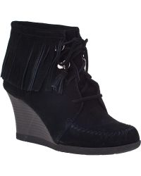 Minnetonka Lace-Up Fringe Ankle Boot Black Suede - Lyst