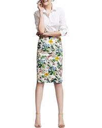 Carolina Herrera Botanicalprint Pencil Skirt Whitegreen - Lyst