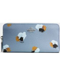 COACH | Accordion Zip Wallet In Floral Print Coated Canvas | Lyst