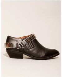 Pixie Market Jeffrey Campbell Metal Harness Pointed Booties - Lyst