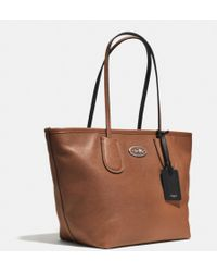 Coach Taxi Zip Top Tote in Leather - Lyst