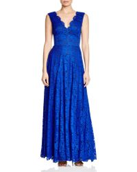 Vera Wang - Floral Lace Gown - Lyst