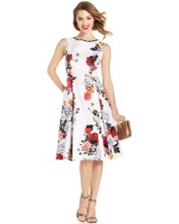 Adrianna Papell Rose-Print Pleated Dress - Lyst
