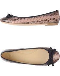 Vera Wang Ballet Flats pink - Lyst
