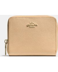 Coach Medium Continental Wallet In Crossgrain Leather - Lyst