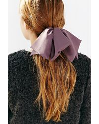 Urban Outfitters - Modern Muse Bow Ponytail Holder - Lyst