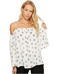 6a613b0089920 Vince Camuto - Long Sleeve Fluent Flowers Cold-shoulder Blouse - Lyst