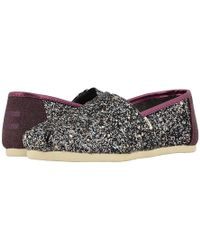 ba533f1f940f2 TOMS Glitter Classics Casual Shoes in Pink - Lyst