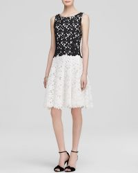 Vera Wang Dress - Sleeveless Color Block Lace - Lyst